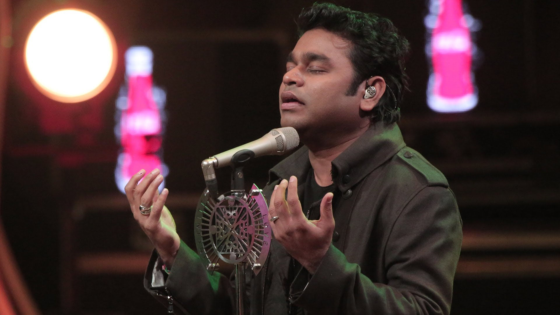 On His Birthday Today You Can Chat Live With A.R. Rahman!!