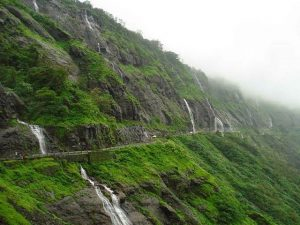 Offbeat Picnic Spots Near Mumbai Perfect for Monsoons- Tamhini Ghat